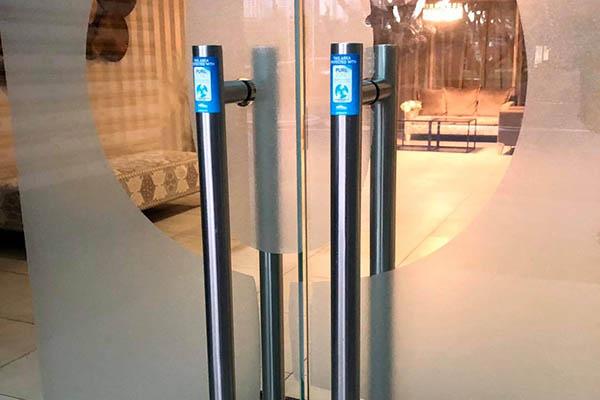 PureZone fóliával védett ajtónyitók